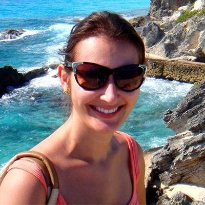 Patrícia Carvalho Dias, 30 anos, Secretária